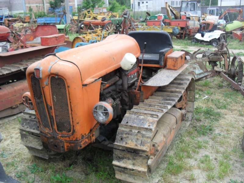 trattore fiat 411